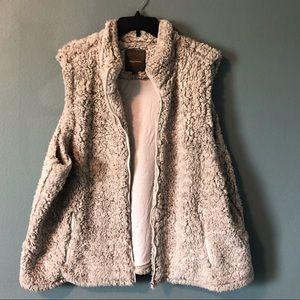 Maurices Faux Fur Full Zip Vest Size 3X